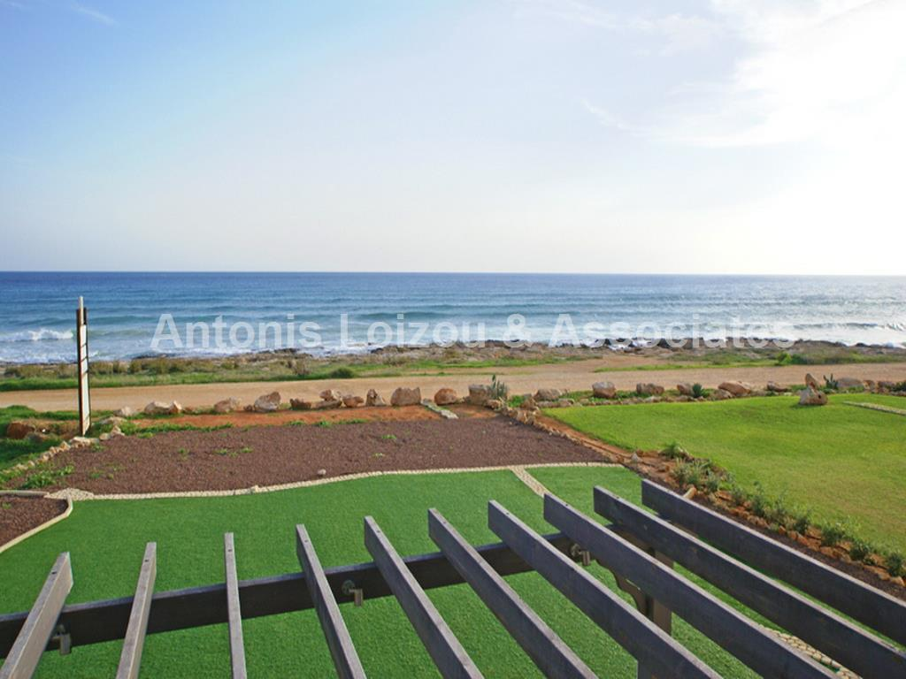 Five Bedrrom Link Detached Beach Front Villa with Title Deed in  properties for sale in cyprus