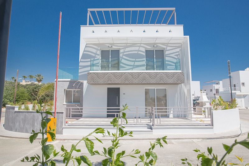 Detached 3 Bedroom Villa with Title Deeds In Ayia Napa Center properties for sale in cyprus