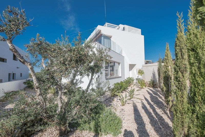 Luxury Three Bedroom Villa with Sea View in Ayia Napa properties for sale in cyprus