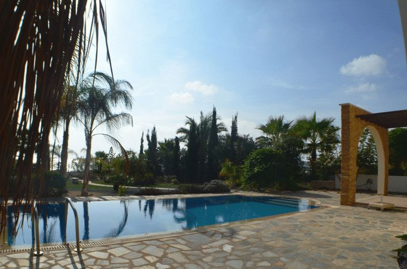 Luxury Sea Front Four Bedroom Villa in Ayia Thekla properties for sale in cyprus