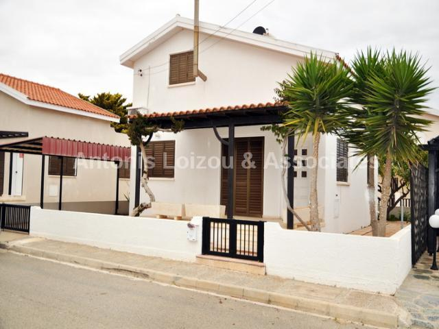 Detached House in Famagusta (AYIA THEKLA) for sale