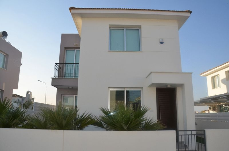 House in Famagusta (Ayia Triada) for sale