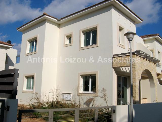 Semi Villa in Famagusta (Ayia Triada) for sale