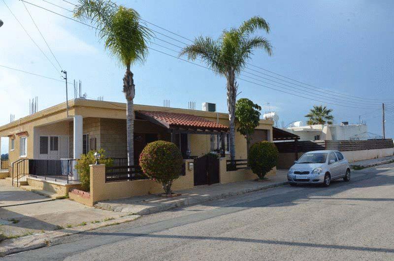 House in Famagusta (Deryneia Town) for sale