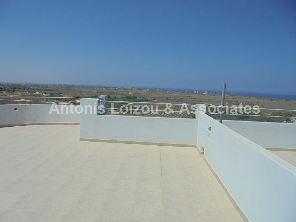 Penthouse in Famagusta (Derynia) for sale