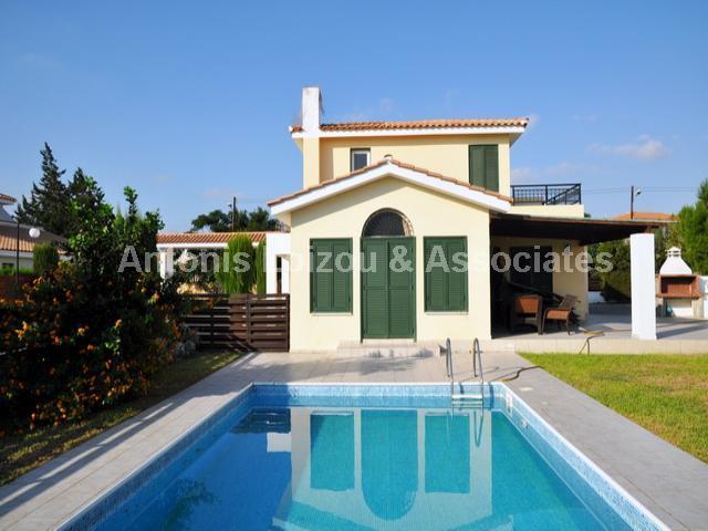 Detached Villa in Famagusta (Golden Coast) for sale