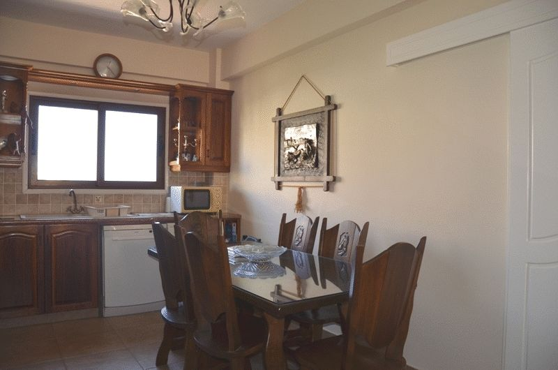 Spacious 3 beds flat with Title Deeds properties for sale in cyprus