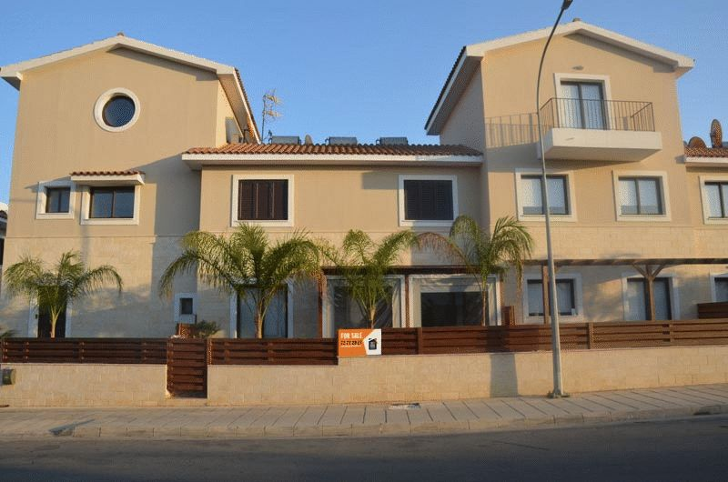 Townhouse in Famagusta (Kapparis) for sale