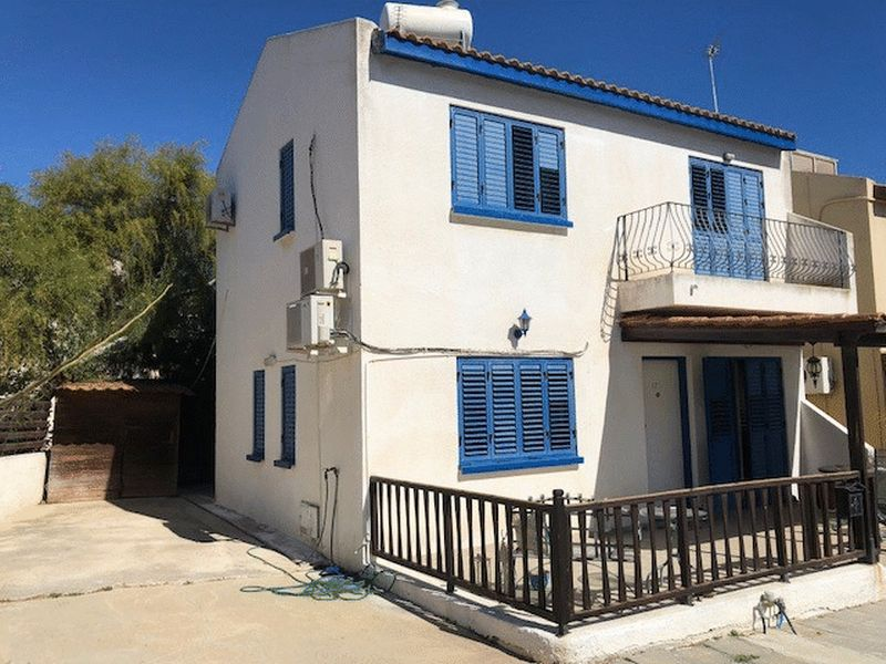Detached 3 Bedroom House with Title Deeds and Communal Pool in Kapparis properties for sale in cyprus