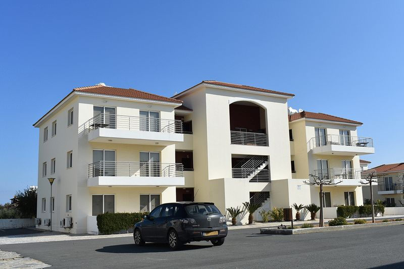 Ground Floor 2 Bedroom Apartment in a 5 Star Complex properties for sale in cyprus