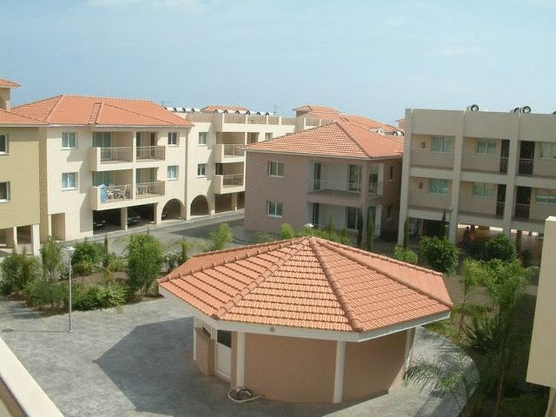 Spacious 2 Bedroom Apartment in a Private Complex in Kapparis properties for sale in cyprus