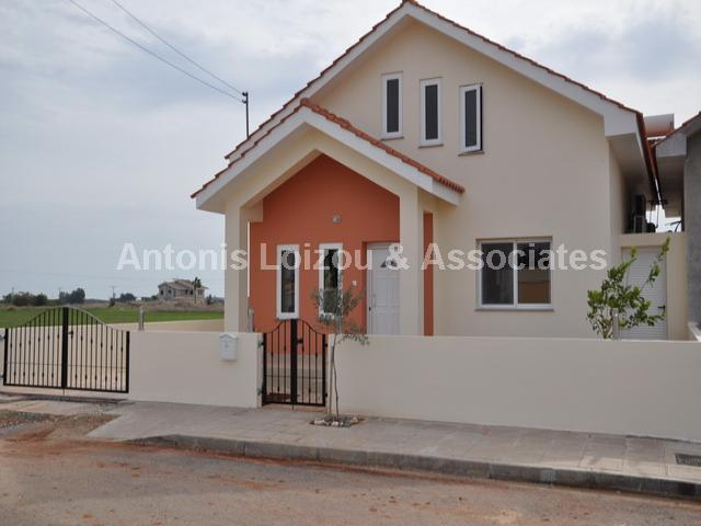 Bungalow in Famagusta (Liopetri) for sale