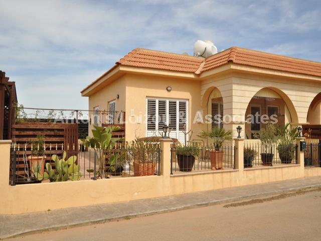 Two Bedroom Semi Detached Bungalow with Pool - Reduced properties for sale in cyprus