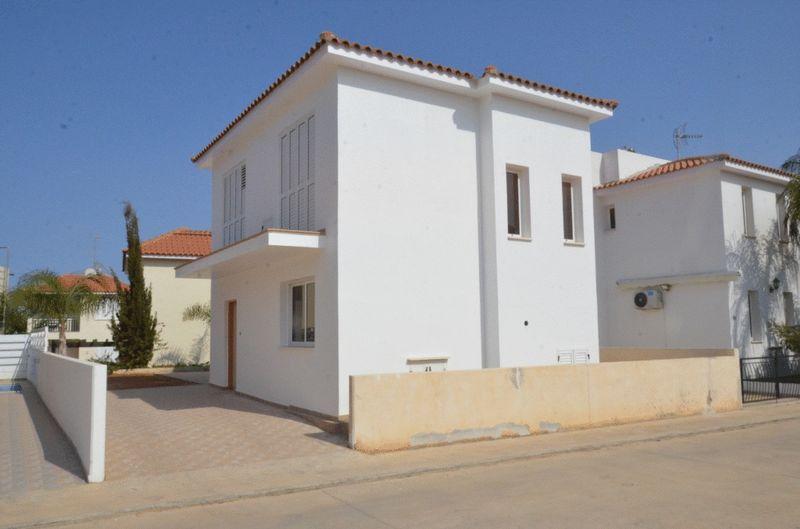 Detached 3 Bedroom House in Pernera properties for sale in cyprus