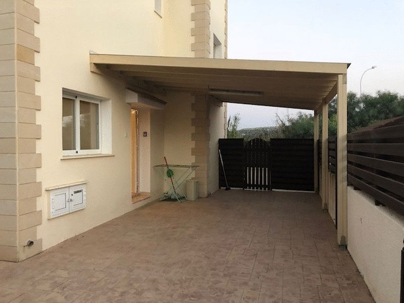 Detached 3 Bedroom House with Private Pool and Title Deeds in Pernera properties for sale in cyprus