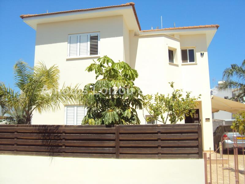 Detached 3 Bedroom House with private pool and Title Deeds properties for sale in cyprus