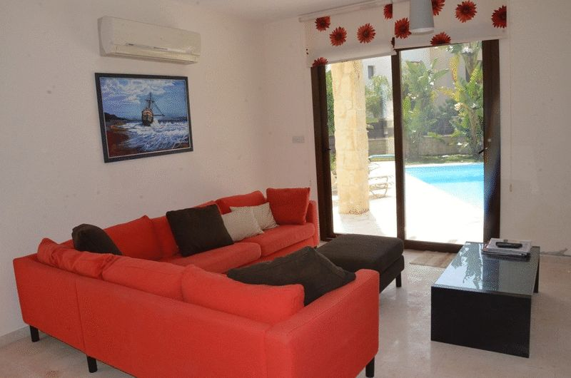 3 Bedroom Villa with Swimming Pool properties for sale in cyprus