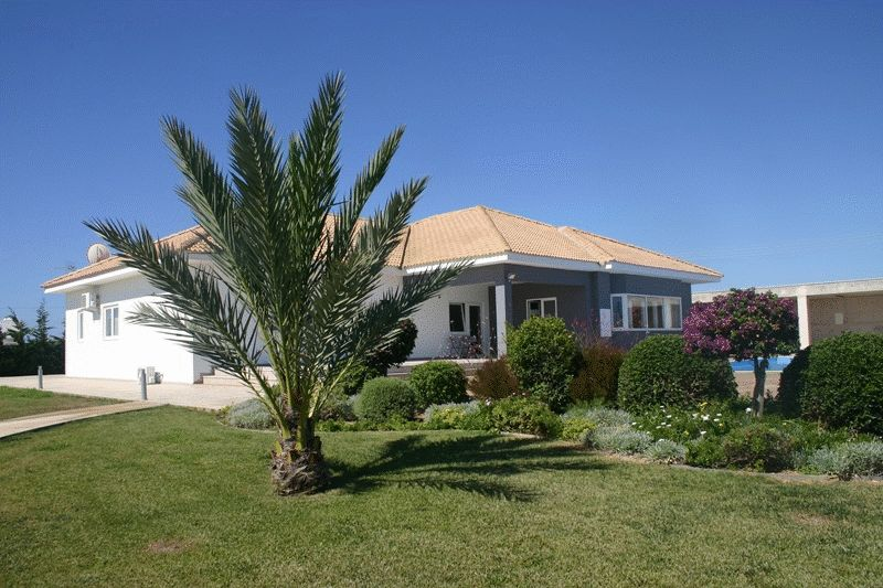 4 Bedroom Bungalow in Protaras Hills with Unobstructed Sea Views properties for sale in cyprus