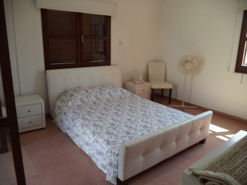 4 Bedroom Villa with Title Deeds Below Market Value properties for sale in cyprus
