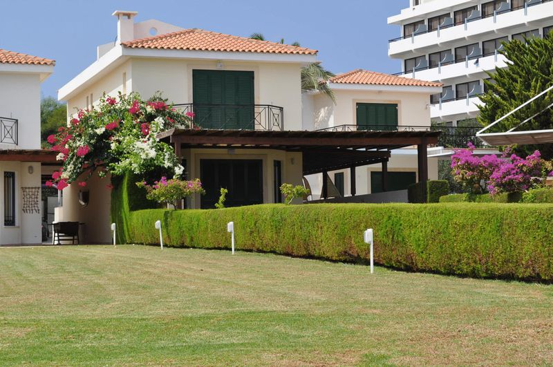 Beautiful 4 Bedroom Sea Front Villa With Title Deeds properties for sale in cyprus
