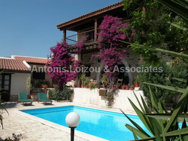 Traditional Hous in Larnaca (Agia Anna) for sale