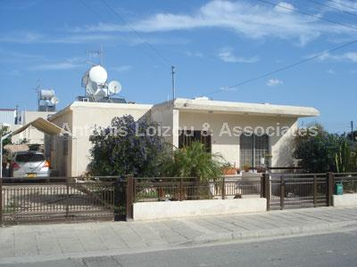 Bungalow in Larnaca (Dhekelia Road) for sale