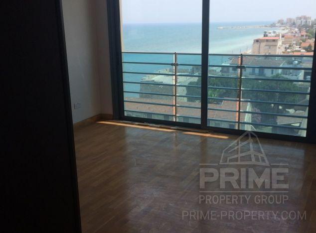 Apartment in Larnaca (Finikoudes) for sale