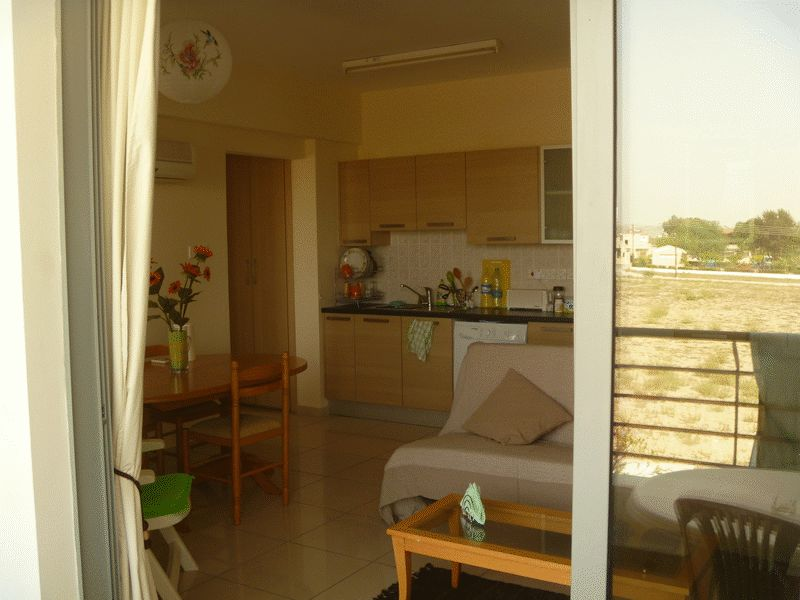 1 Bedroom Apartment with Title Deeds in Livadhia properties for sale in cyprus