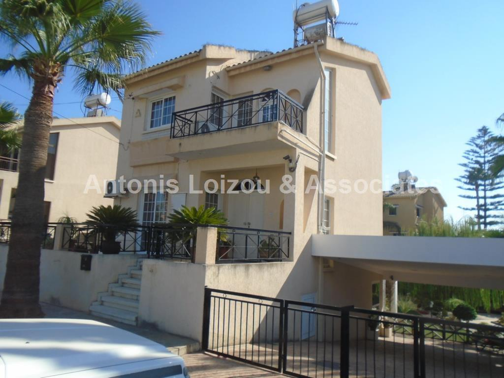 Detached House in Larnaca (Off Dhekelia Road ) for sale
