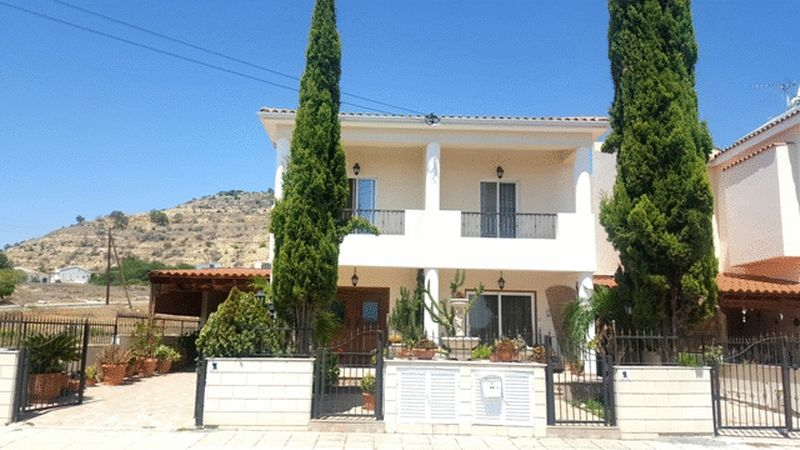 House in Larnaca (Oroklini) for sale
