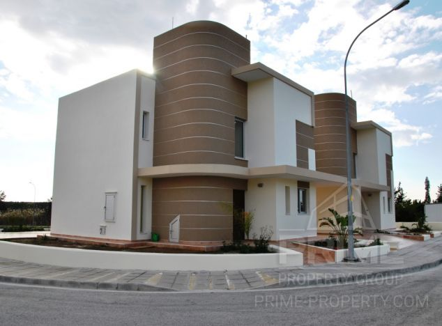 Sale of villa, 160 sq.m. in area: Oroklini - properties for sale in cyprus