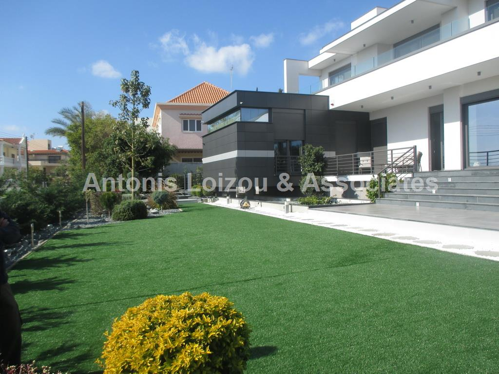 Five Bedrooms Detached House properties for sale in cyprus