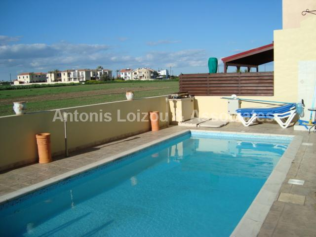Four Bedroom Linked Detached House properties for sale in cyprus