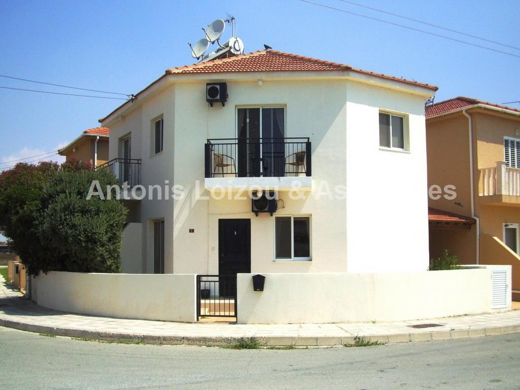 Semi detached Ho in Larnaca (Pervolia) for sale