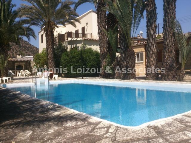 Detached House in Larnaca (Psevdas) for sale