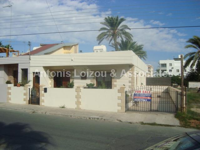 Bungalow in Larnaca (Sotiros) for sale