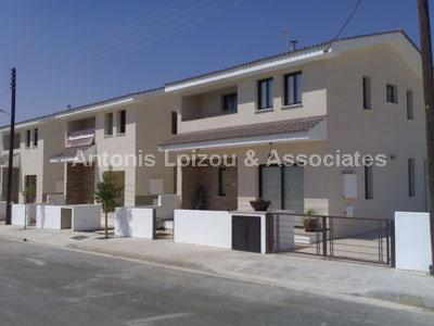 Semi House in Larnaca (Alaminos) for sale