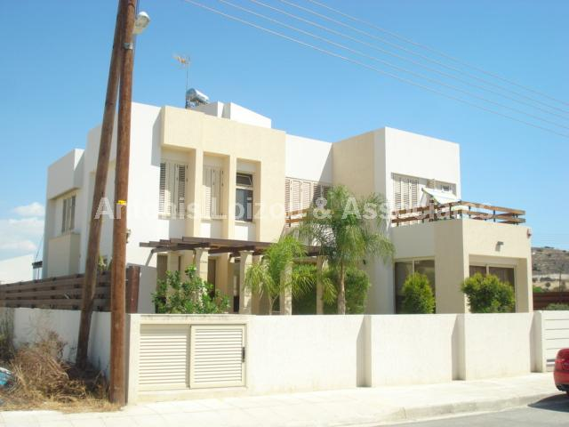 Detached Villa in Larnaca (Alethrico) for sale
