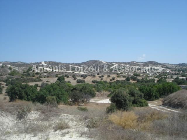 Field in Larnaca (Alethriko) for sale