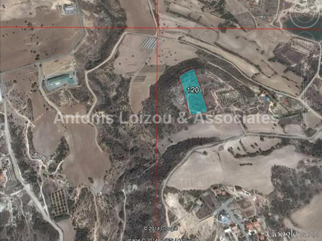 Land in Larnaca (Maroni) for sale
