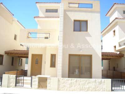Detached Villa in Larnaca (Ormidhia) for sale