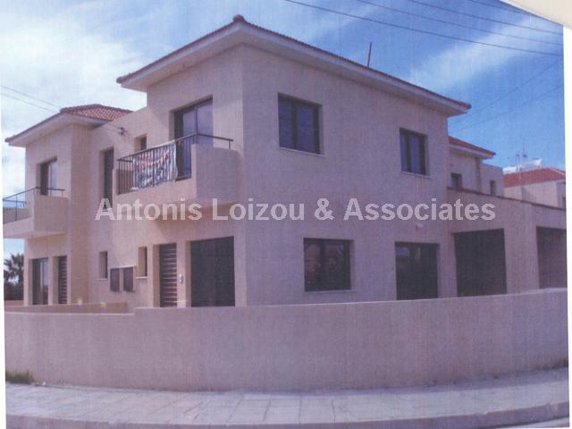 Semi House in Larnaca (Pervolia ) for sale