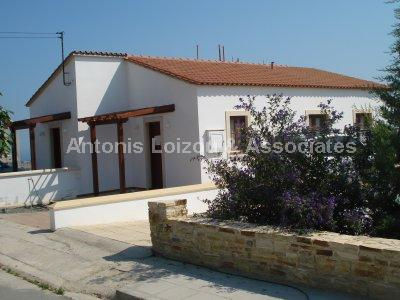 Semi House in Larnaca (Psematismenos) for sale