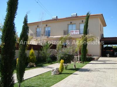Villa in Larnaca (Zygi) for sale