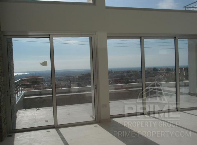 Sale of villa, 385 sq.m. in area: Agia Fyla - properties for sale in cyprus