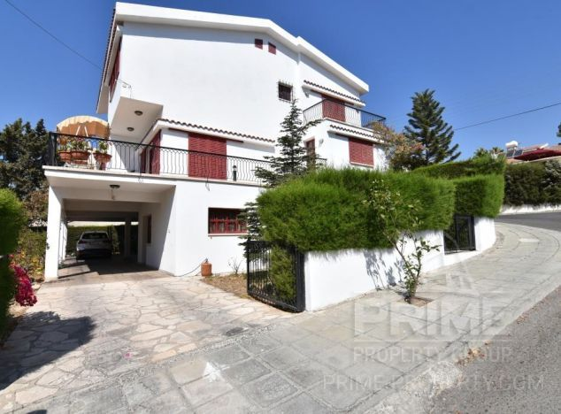 Sale of villa, 480 sq.m. in area: Agia Fyla - properties for sale in cyprus
