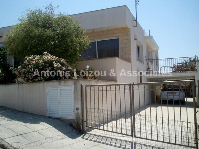 Detached Bungalo in Limassol (Agia Fyla) for sale