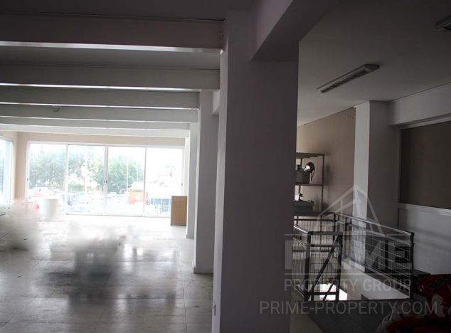 Sale of shop, 255 sq.m. in area: Agios Athanasios - properties for sale in cyprus