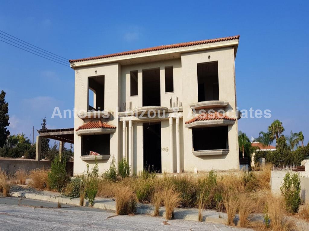 Seven Bedroom Villa In Sfalaggiotissa