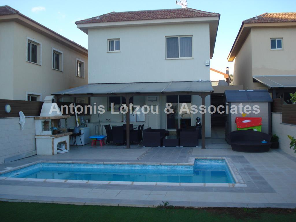 Semi detached Ho in Limassol (Agios Athanasios) for sale
